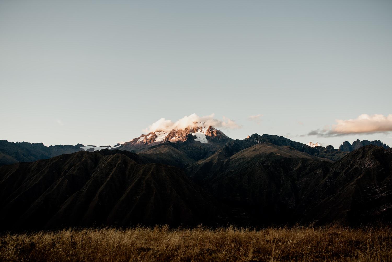 Atardecer en el nevado Chicon Cusco